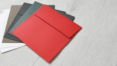 正方形・スクエア型封筒に箔押し印刷
