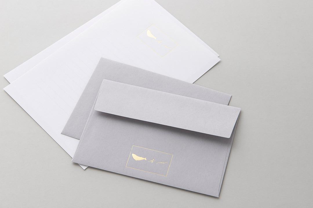 封筒の色:ライナーグレー封筒<br>箔:つや消し青金108