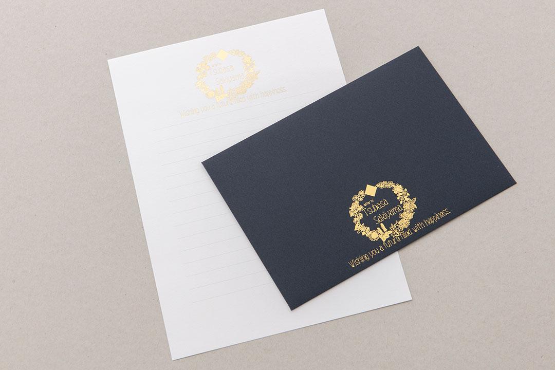 封筒の色:ミッドナイトブルー<br>箔:つや消し金箔111