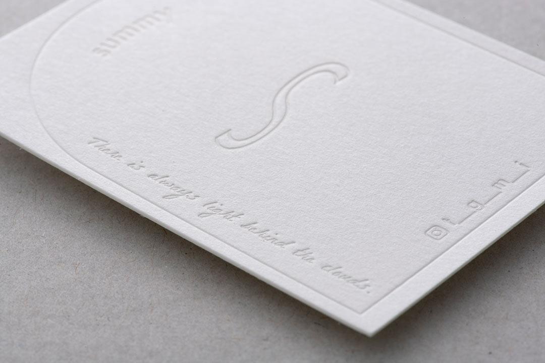 紙:GAファイル(ホワイト)<br>箔:顔料白箔